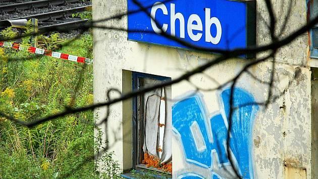 V drážním domku u chebské čtvrtě Háje zemřel bezdomovec.