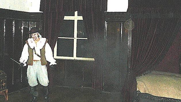 Děti v chebském muzeu v noci postrašil duch zavražděného Valdštejna