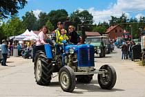 Historické Traktory se už potřinácté sjely do Skalné na Chebsku.