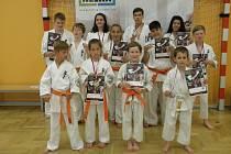Úspěšní karatisté oddílu Shinkyokushinkai Karate F. Lázně