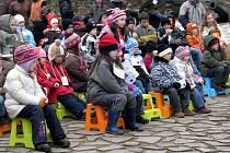 Hod beránka na Chebském hradě - dětské publikum