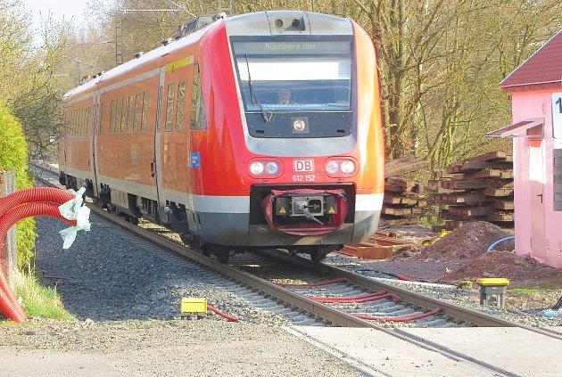 Spěšné vlaky z Chebu do Norimberka během stávky strojvůdců v Německu z kolejí zmizely.