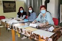 I volební komise v klubovně TJ Hrozňatov čekala na voliče během uplynulého víkendu velmi dlouho. Ani tady druhé kolo senátních voleb příliš netáhlo.