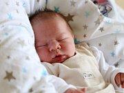 ALEXANDR ČUGUNKIN bude mít v rodném listu datum narození středu 2. března v 17.40 hodin. Na svět přišel s váhou 3 750 gramů a mírou 51 centimetrů. Z malého Sašenky se radují doma v Aši sourozenci Rafael s Gabrielou, maminka Marcela a tatínek Daniil.