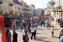 XIV. ročník Mezinárodní soutěže elegance historických vozidel se uskutečnil ve Františkových Lázních.