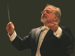 JEFF SILBERSCHLAG je zkušený dirigent ze Spojených států amerických.