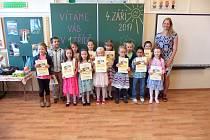 Děti z 1. třídy Základní školy Lázně Kynžvart.