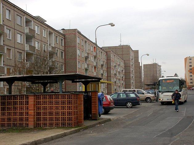 CHEBSKÉ SÍDLIŠTĚ ZLATÝ VRCH se má v příštích letech dočkat důkladné regenerace. Zlepší se  doprava, parkování i životní podmínky obyvatel.