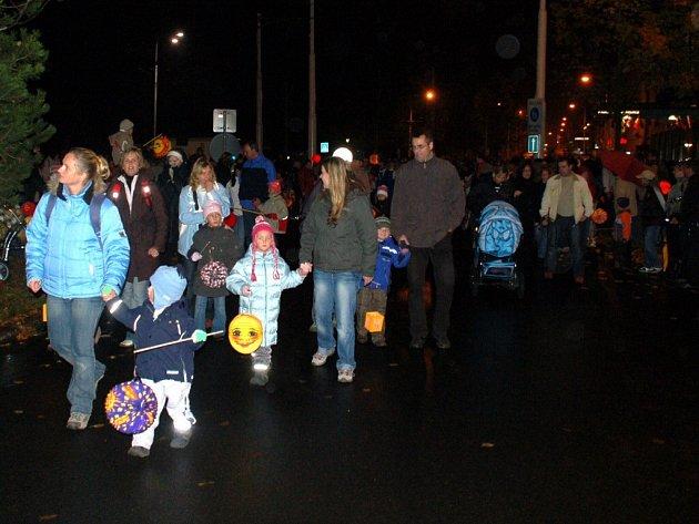 Lampionový průvod v Mariánských Lázních u příležitosti státního svátku 28. října