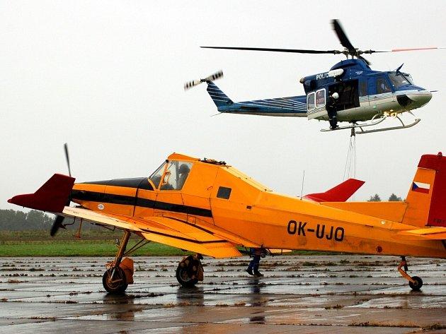 Fotografické ohlédnutí za leteckým dnem v Chebu v roce 2007