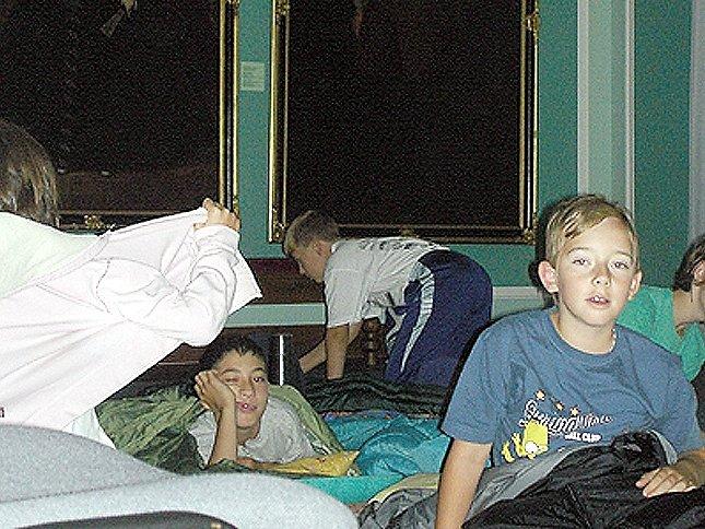 Noc plnou adrenalinu prožily děti ve Valdštejnské obrazárně chebského muzea