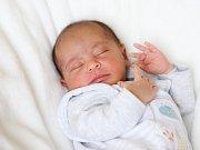 ELISA SLEPČÍKOVÁ si poprvé prohlédla svět ve středu 8. března v 10.20 hodin. Při narození vážila 2 520 gramů a měřila 47 centimetrů. Z malé holčičky se raduje celá rodina doma v Chebu.