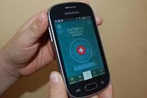 MOBILNÍ APLIKACI ZÁCHRANKA si může instalovat každý majitel chytrého telefonu s operačním systémem Android a iOS.