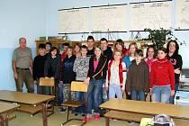 Kolektiv sedmé třídy ZŠ Luby.