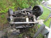 Když se stane u Hazlova nehoda, bývá to takřka vždy v takzvaném hazlovském esíčku. Tento týden zde havaroval třiasedmdesátiletý muž, který dostal se svým vozidlem smyk.