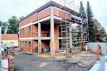 Stavba obecního úřadu v Pomezí vyjde celkem na 23 milionů korun a potrvá až do léta 2021.