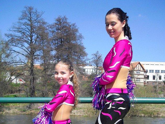 Diskomažoretky z chebského Tanečního  studia Magic Dance – to je prostě sázka na jistotu.  Opět  ze soutěže přijely ověnčené medailemi.