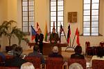 Slavnostní přijetí účastníků mezinárodního házenkářského turnaje O štít města Chebu na chebské radnici