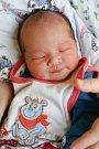 MINH DUC DUONG se narodil v úterý 10. října v devět hodin ráno. Na svět přišel s váhou 3 580 gramů. Doma v Aši se z malého synka raduje maminka Thi Cuc a tatínek Le.