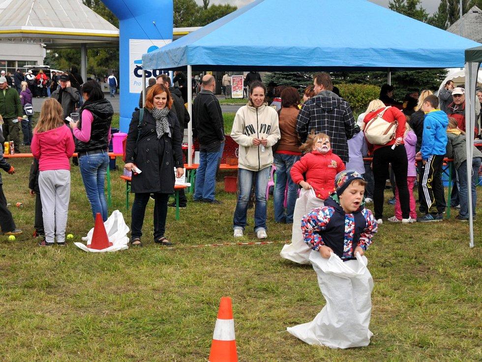 Hurá škola pobavila tisícovky hostů.