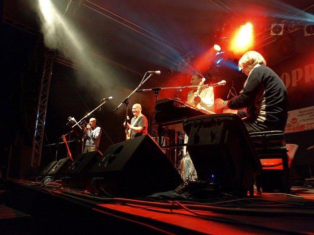 Hudební festival Digital Sun 2008 ve Velké Hleďsebi