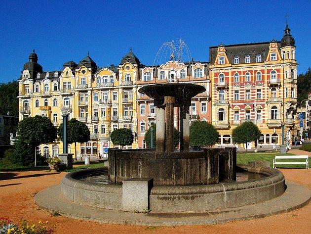 Mariánské Lázně - Mírové náměstí