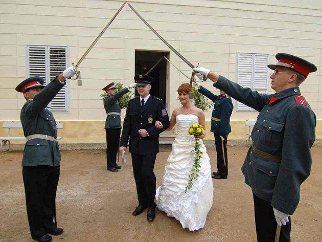 Na zámku Kynžvart se odehrála policejní svatba
