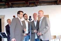 Letos koncerty ukončilo vystoupení ´The Swings´. Vokální kvarteto nabídlo posluchačům americkou i českou swingovou klasiku.