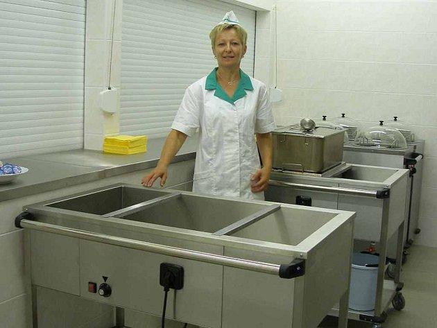 Nová školní kuchyně stála Městský úřad Plesná skoro osm milionů korun