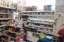 Celníci objevili dvacet tisíc kusů nelegálních cigaret na Chebsku.