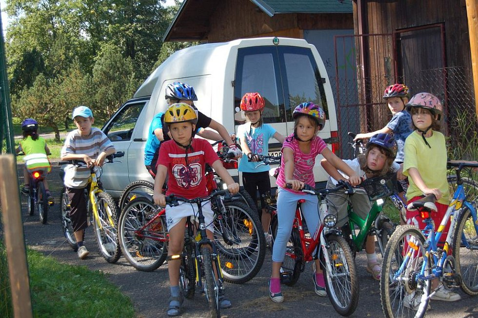 KOL se malí táborníci chopili s nadšením, bylo vidět, že s cyklistikou mají bohaté zkušenosti.