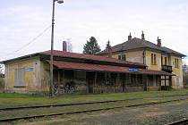 Budova vlakového nádraží v Hranicích.