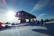 V areálu Klínovec se podle návštěvníků lyžovalo skvěle. Foto: David Kurc