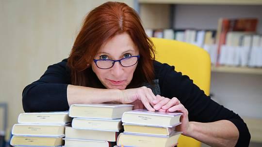 Chebskou knihovnu vede Martina Kuželová už od roku 2014