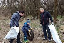 Do celostátní akce Ukliďme svět, ukliďme Česko se zapojí také mnohá města a obce v Karlovarském kraji.