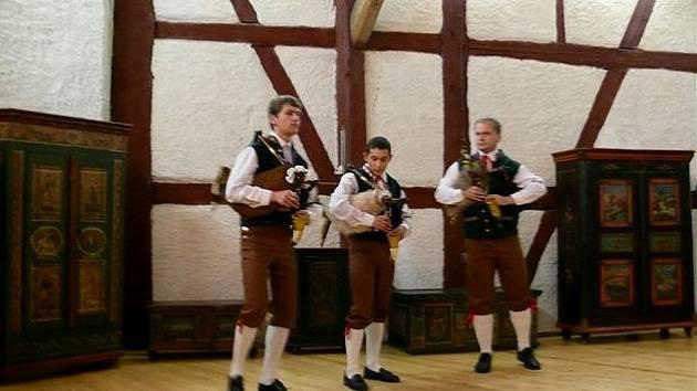 Vystoupení dudáků na hradě Seeberg
