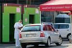 Nechat se otestovat antigenními testy je možné i v areálu chebské nemocnice.