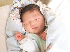 KHABUUL UUGANBAYAR si poprvé prohlédl svět ve čtvrtek 13. února v 2.27 hodin. Při narození vážil 3 490 gramů. Z malého synka se raduje doma v Aši maminka Munkhzul, tatínek Uuganbayar a dva bráškové.