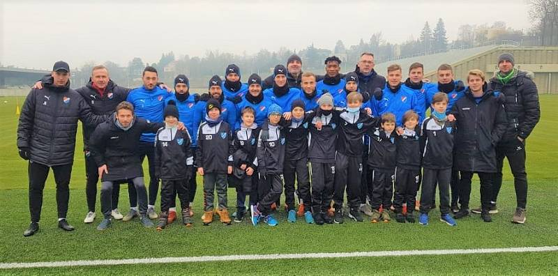Mladí fotbalisté Hvězdy Cheb v Ostravě