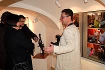Vernisáž výstavy Davida Kurce v chebské galerii G4