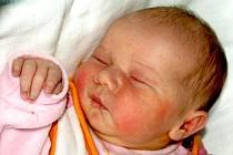 NATÁLIE NĚMCOVÁ bude mít v rodném listě datum narození středu 10. listopadu v 9.55 hodin. Na svět přišla s váhou 3600 gramů a mírou 51 centimetrů. Doma v Chebu se raduje z malé Natálky maminka Ivana spolu s tatínkem Miroslavem.
