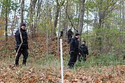 Rozsáhlé pátrání po třináctiletém chlapci se rozjelo v Hranicích u Aše.