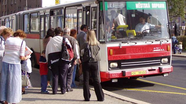 Změny v systému autobusové dopravy v Chebu by měly přijít v prosinci