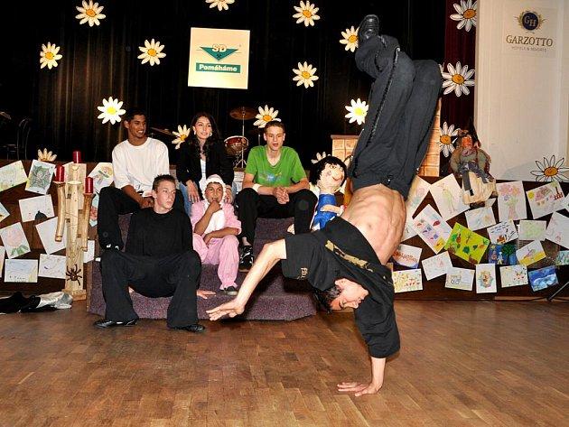Dětský Domov (DD) Paprsek Mariánské Lázně  společně s partnerem připravily  ojedinělý benefiční koncert.