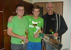 Vítězné trio neregistrovaných hráčů. Zleva Jan Bílek (3.), Martin Schmitt (1.) a Jan Pipta (3.).