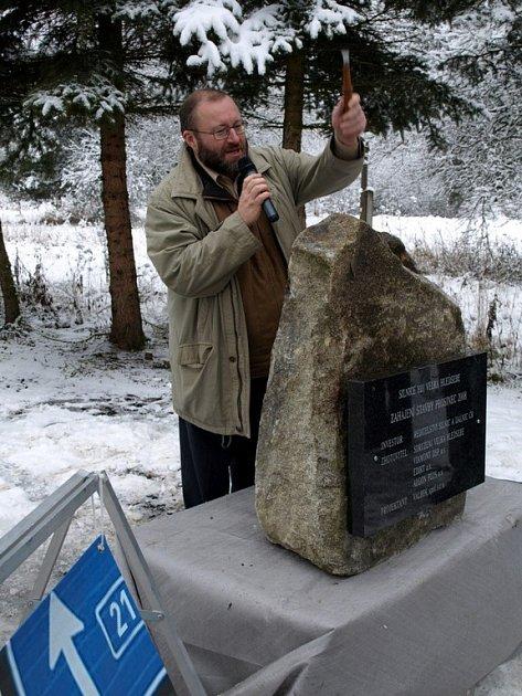 Slavnostní zahájení stavby silničního obchvatu obce Velká Hleďsebe