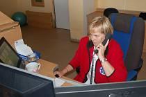 Vidět sice není, ale její rady mohou přispět k záchraně lidského života. Sestra - dispečerka záchranky Zuzana Svitáková už dokázala po telefonu i odrodit dítě.