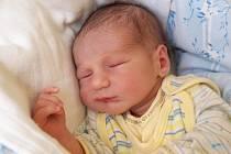 DANIIL SHIPUL bude mít v rodném listě datum narození neděli 29. září v 12.36 hodin. Při narození vážil 3 060 gramů a měřil 49 centimetrů. Doma v Chebu se z malého synka těší bráška Kirill spolu s maminkou Annou a tatínkem Sergejem.