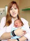 DANIEL THIEL přišel na svět v sobotu 11. února v 1.05 hodin. Při narození vážil 3540 gramů a měřil 52 centimetrů. Maminka Lenka a tatínek Lukáš se těší z malého Danielka doma v Chebu.