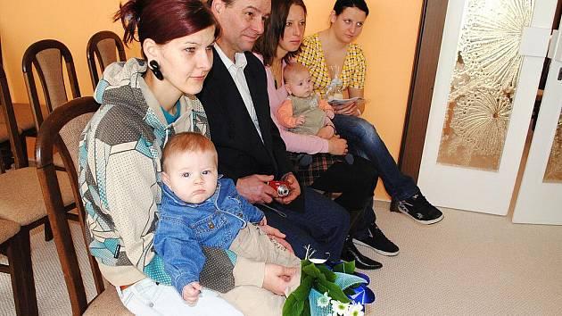 V Dolním Žandově vítali v březnu občánky obce.